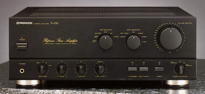 Amplificador integrado, até 500€ (Usado) A-616